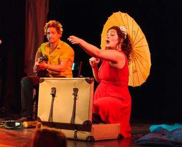 Afbeelding 9 Maya Zingt de Wereld Rond