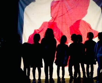 Afbeelding 2 Kinderboeken week  thema verbeelden in Magisch Schaduw-Theater.