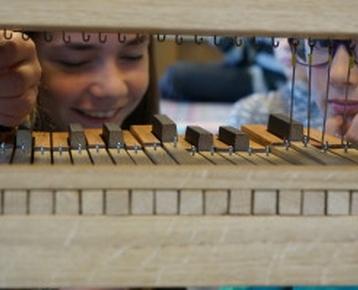 Afbeelding 2 Bezoek het wereldberoemde Schnitger orgel in de Grote Kerk Alkmaar én maak zelf een orgel in de klas!