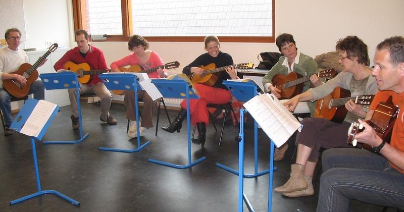 Gitaar in de klas voor beginners, nascholing met muziekdocent Wim Kueter